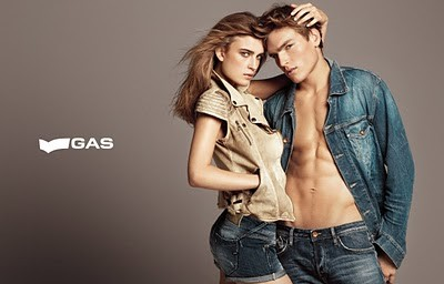 Gas Clothing Minimum 50% off from Rs. 451 - Amazon